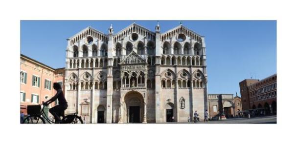 Cartolina- Ferrara Cattedrale 2