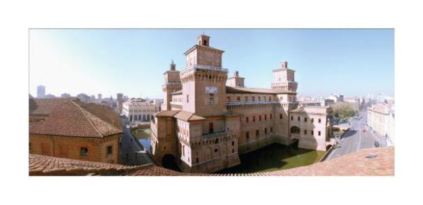 Cartolina- Ferrara Castello 2