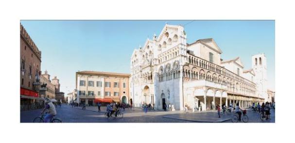 Cartolina- Ferrara Cattedrale
