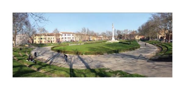 Cartolina- Ferrara Piazza Ariostea