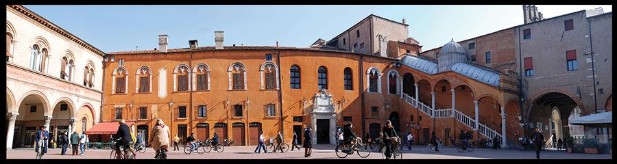 60×15 cm Piazza Municipale come un teatro.