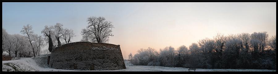 60×15 cm Bastione delle mura in inverno.