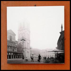25×25 cm Trento e Trieste con nebbia fitta.